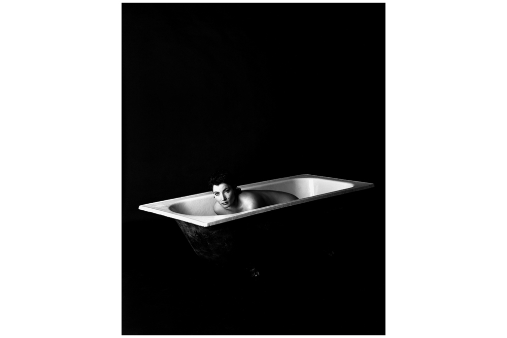 Caterina-Pacialeo_Woman_Bathtub_1200w.jpg