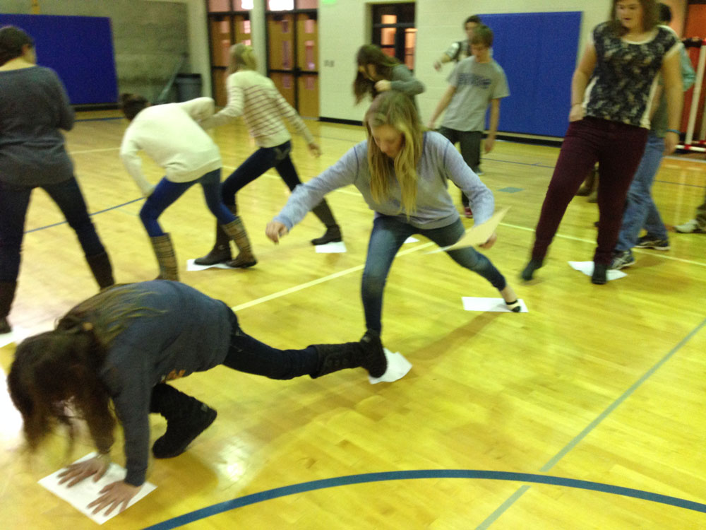 YLC'ers Learn Teamwork and Creativity Skills