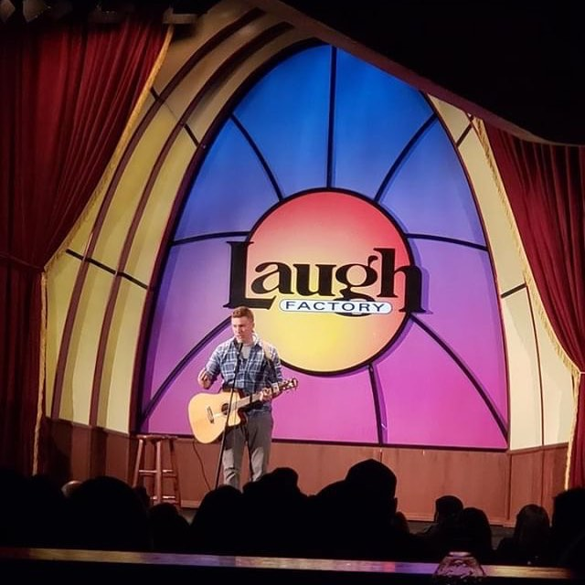 Fantastic time at the Laugh Factory and the Nasty Show! Thank you LF and @roblovesarguing for the spot.  #standupcomedy #chicago
