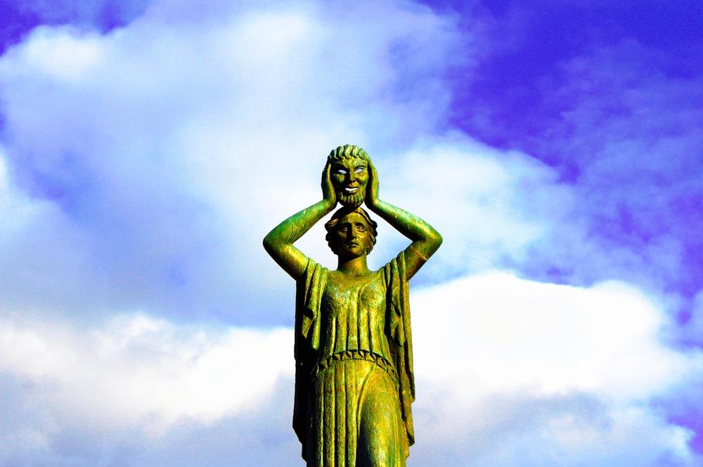 Monumento Jacinto Benavente