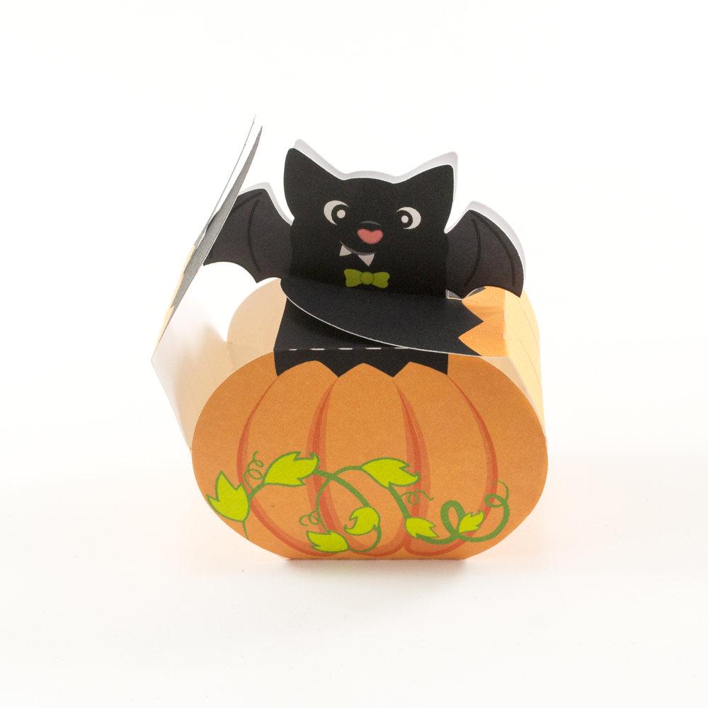 BatPumpkinAssembly3.jpg