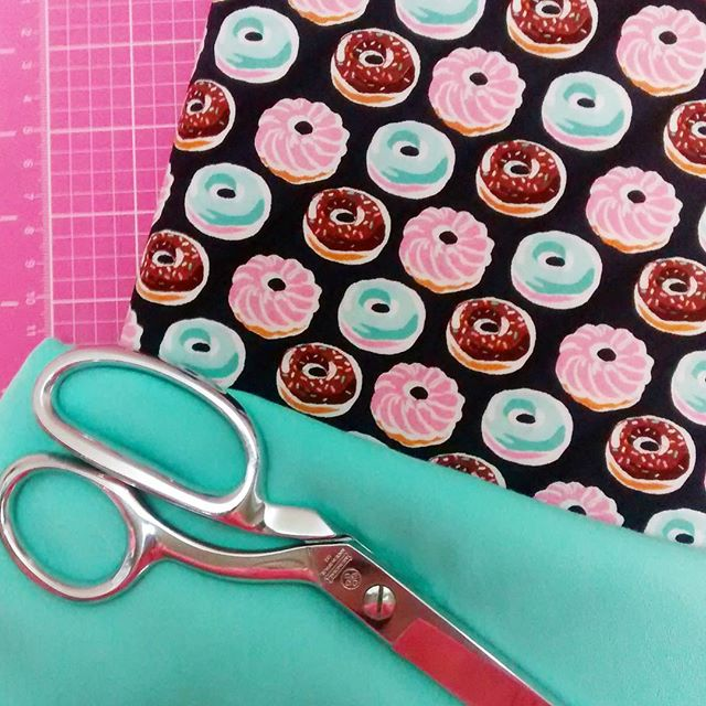 Happy Fri-yay! I donut know how I ever lived without this fabric!!! 😍 Now all I need is a box of 🍩🍩🍩 to fuel my sewing!! #donuts #doughnuts #fabricstash #sewingtime #makersgonnamake #creativetime #sewmystash #picoftheday #pink💕 #happyfriyay #crafttime #crafter