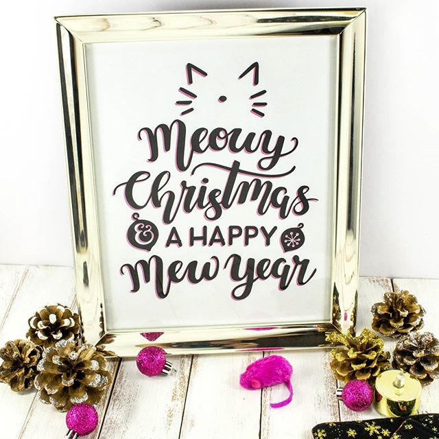Meowy Christmas Everyone!! 😻🎄 Hope you're all having a lovely cozy one with fam, friends and fur babies! #merrychristmas #littleluxuriesloft #silhouetteamerica #happynewyear #meowychristmas #happymewyear #catsruleeverythingaroundme #seasonsgreetings #christmas2017 #christmasdecor #lettering #moderncalligraphy