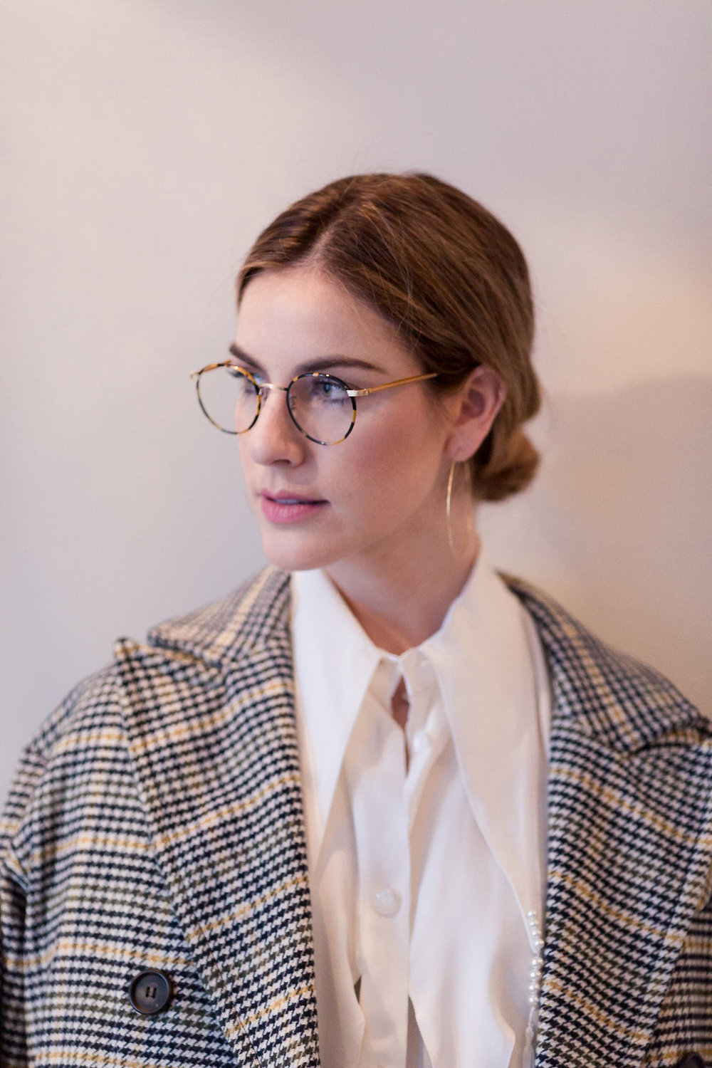 Eldridge Edit_anna_e_cottrell_fashion_blog_blogger_nordstrom_topshop_houndstooth_double_breasted_duster_coat_sale_topshop_garret_leight_glasses_thatch_lola_14k_gold_hoops_vintage_zara_bug_bag_mgb_photo_18.jpg