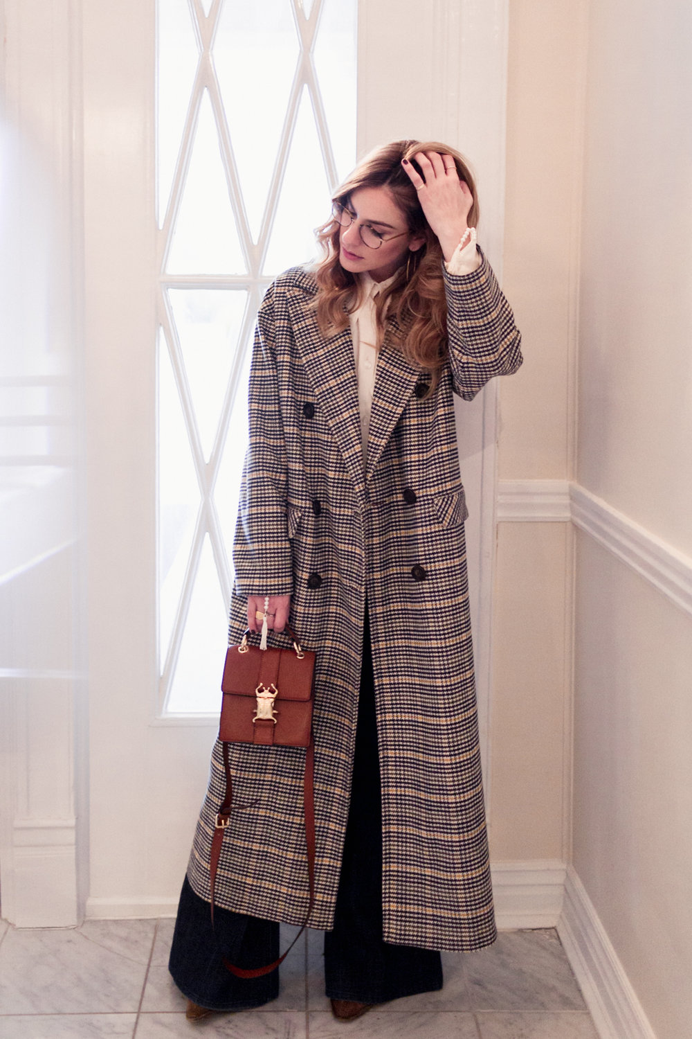Eldridge Edit_anna_e_cottrell_fashion_blog_blogger_nordstrom_topshop_houndstooth_double_breasted_duster_coat_sale_topshop_garret_leight_glasses_thatch_lola_14k_gold_hoops_vintage_zara_bug_bag_mgb_photo_2.jpg