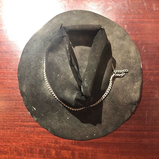 Next project for @brisbanehatters while I'm working on new orders for @jerrytharapos and @avatarmanheath  #sentimentalvalue #fixmyhat #dressedbytess #brisbanehatters #styledtothebrim #whatonearthhappenedhere...