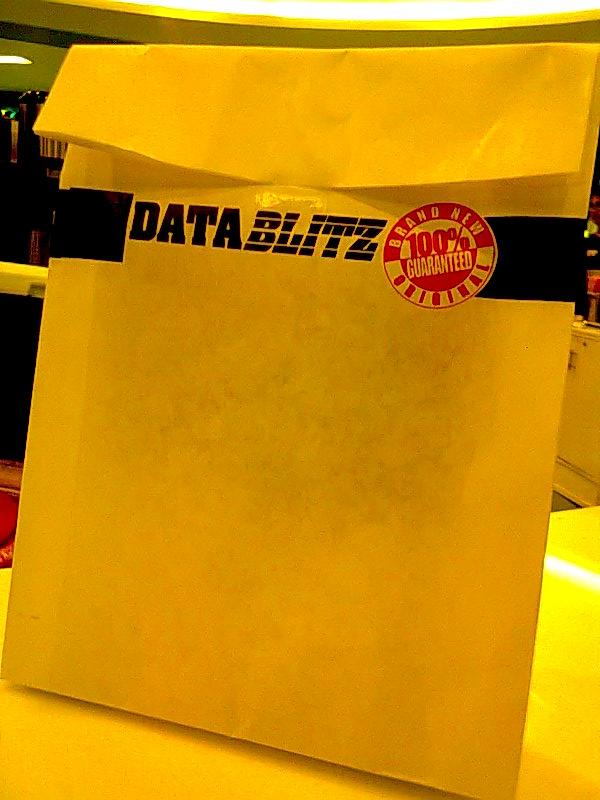 DataBlitz paperbag