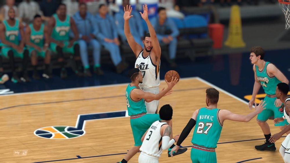 NBA 2K19_pass.jpg