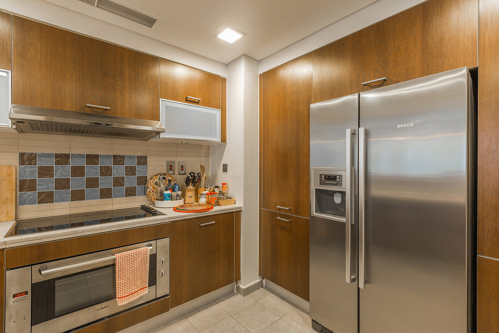 Enjoy your cooking in this modern kitchen