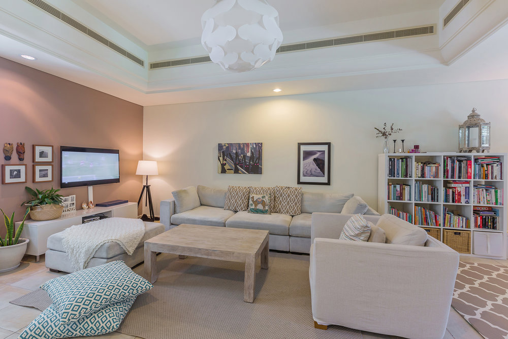 Lovely, cozy, living area perfect for family time