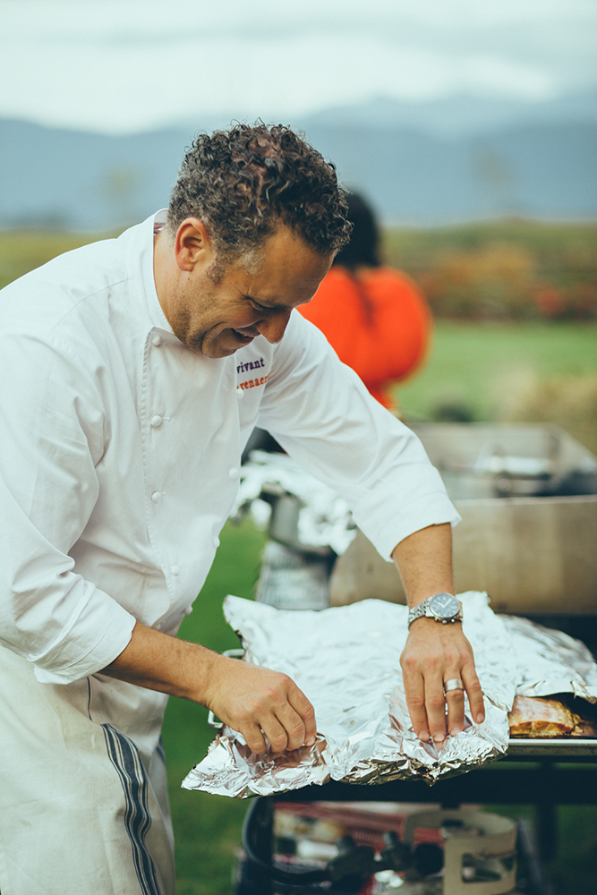 CHef Dino Renaerts cooking the salmon