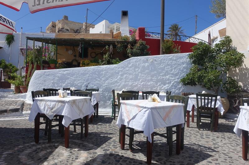 Santorini Greece 30.jpg
