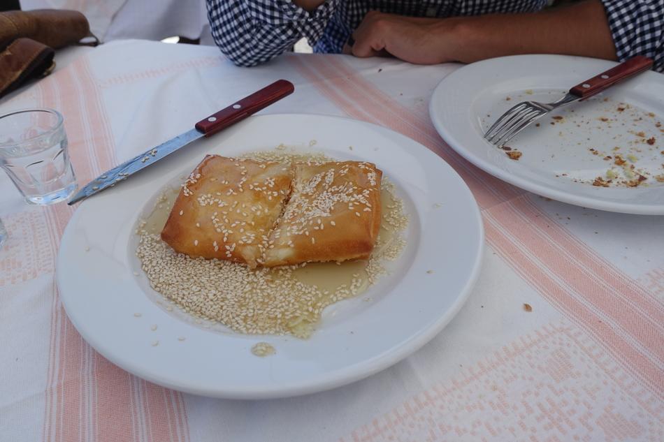 Santorini Greece 32.jpg