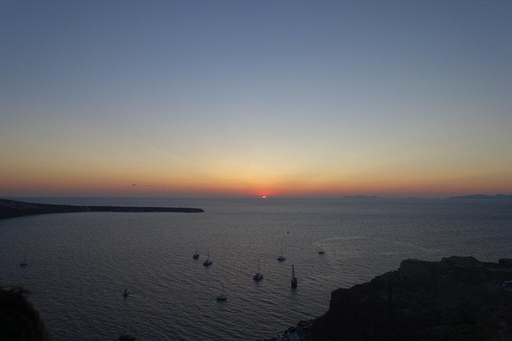 Santorini Sunset 19.jpg