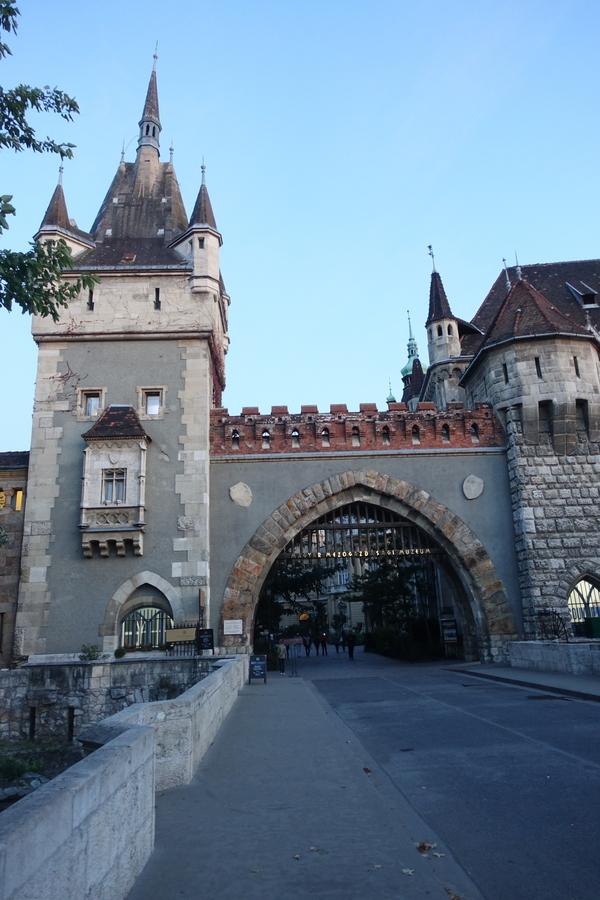 Budapest Hungary 36.jpg