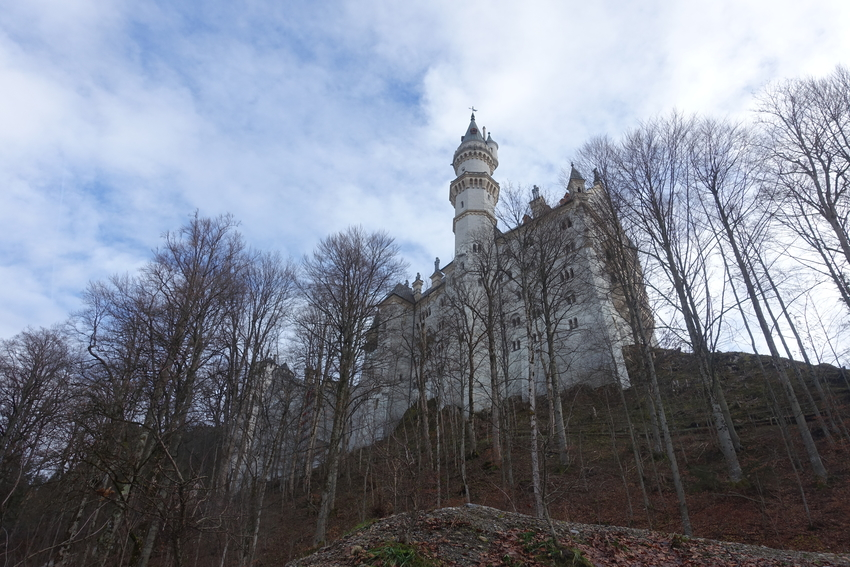Neuschwanstein Castle Germany 4.jpg
