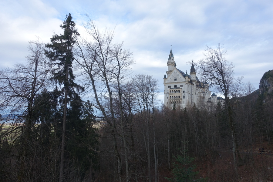 Neuschwanstein Castle Germany 7.jpg
