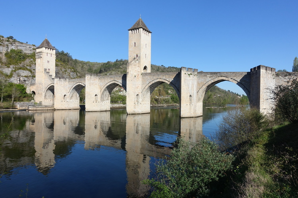 cahors france pont valentre 1.jpg