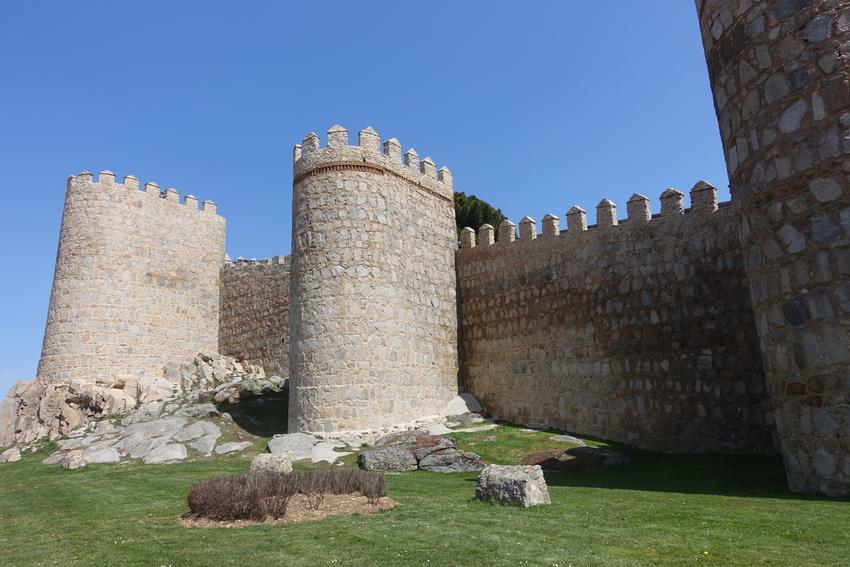 avila spain medieval city walls 15.jpg