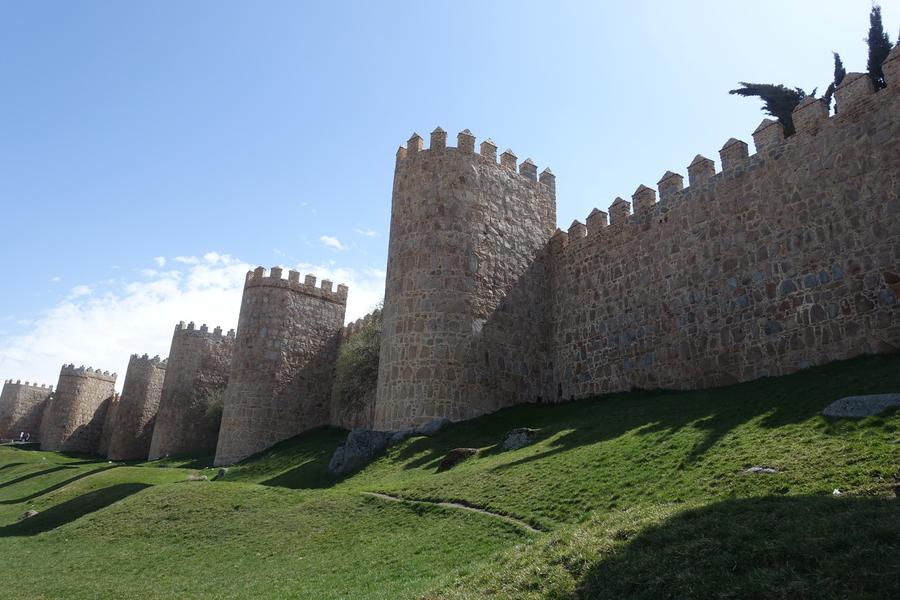 avila spain medieval city walls 19.jpg