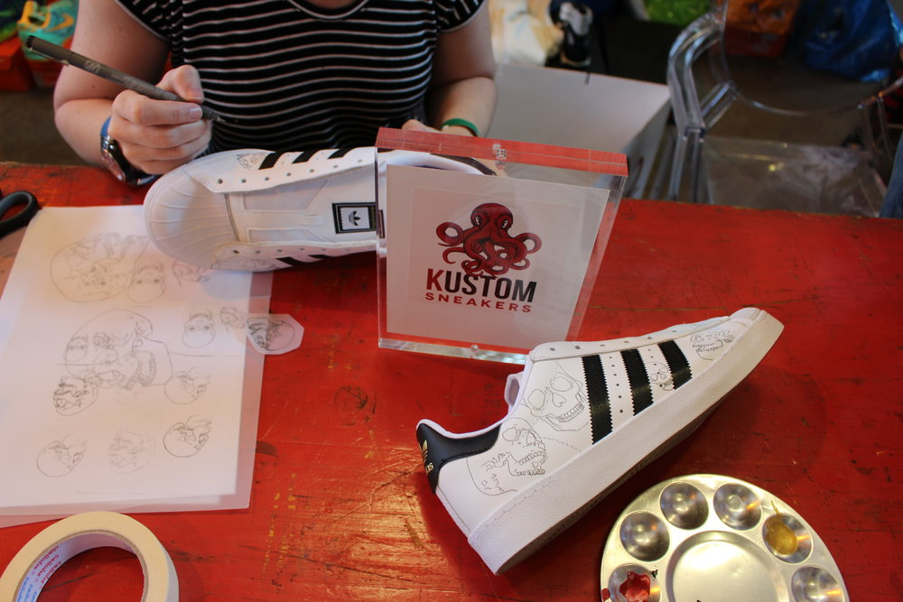 www.kustomsneakers.com