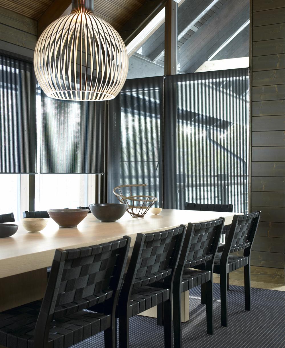 21399 VISTA black fabric, chain operated roller blinds (Silent Gliss 4810) D, aluminium bottom bar