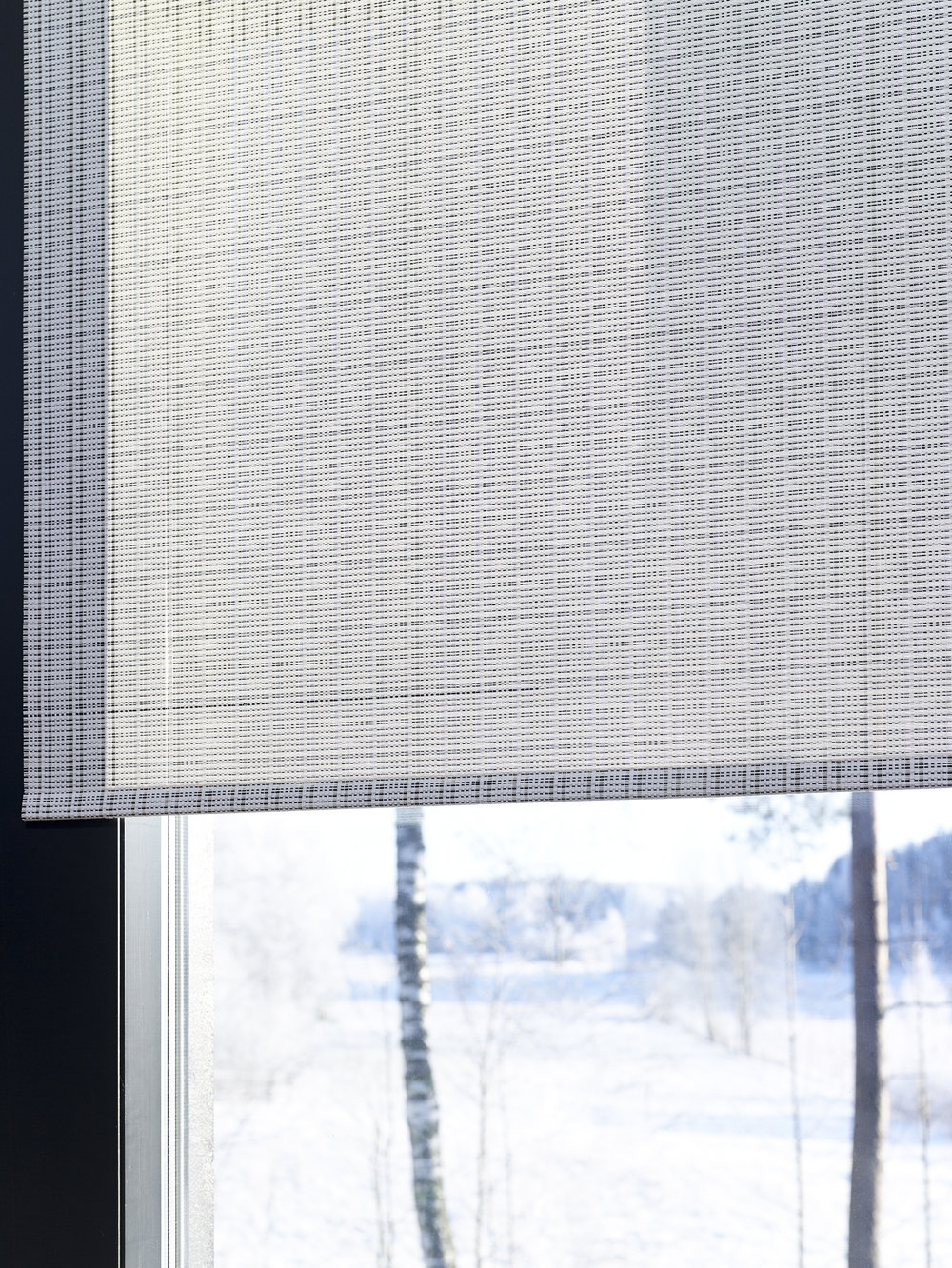 Roller blind wit chain / Cloud fabric 2140915 black-stone