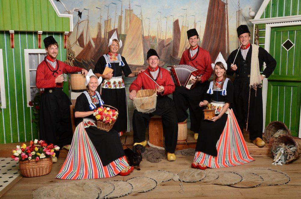 Een foto in Volendamse klederdracht: een leuke herinnering!