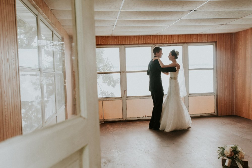 Photography:  Karly Jo Photo  graphy , seen in  Vendor Spotlight | Karly Jo Photography