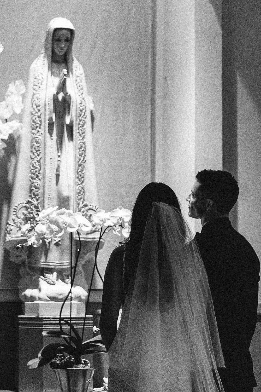 PHOTOGRAPHY:   KELLI SEELEY PHOTOGRAPHY   , seen in    Alana + Stephen | California Air Force Wedding