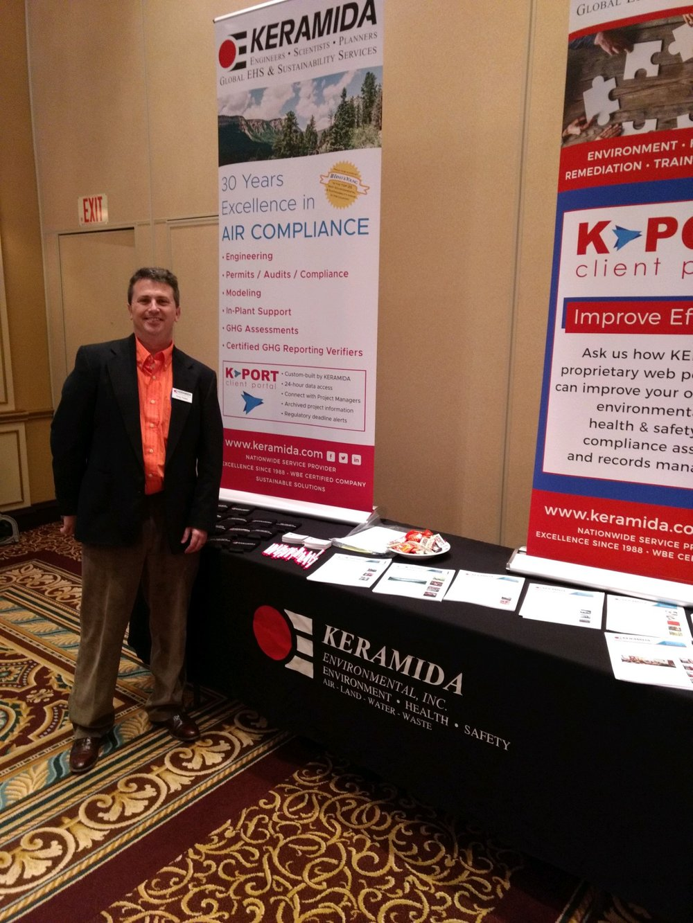 Greg Towler at KERAMIDA's booth at the conference