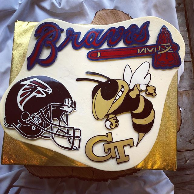 When the grooms can't decide on a team...why not put all the favorites! #groomscake #handdrawn
