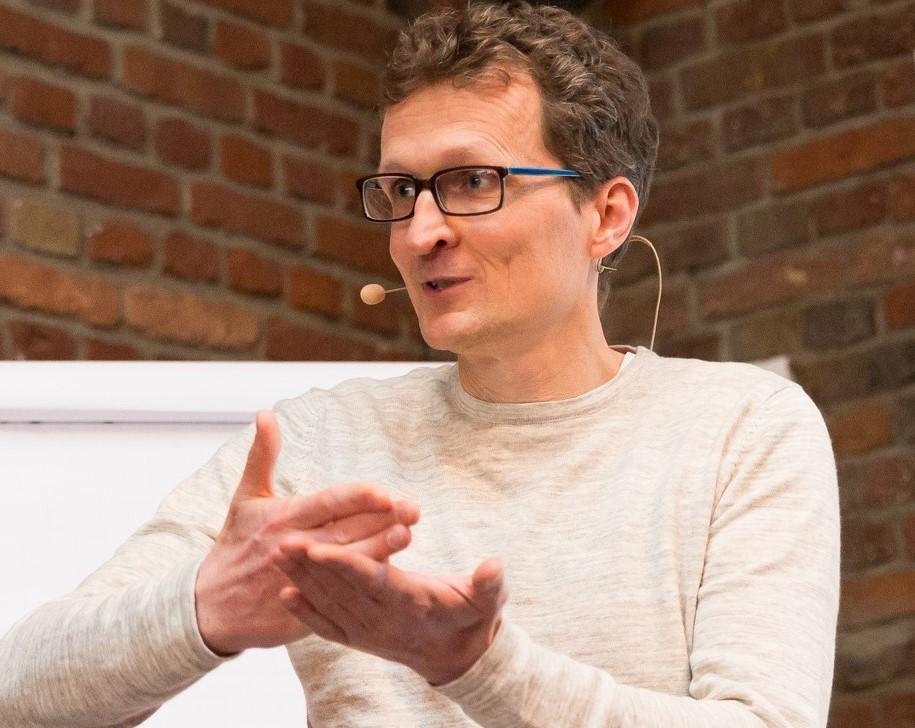 Björn Schneider  Head of People & Organisation, Hypoport AG