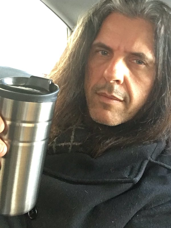 Alex Skolnick #WaterBottleSelfie for the #PlasticFreeChallenge