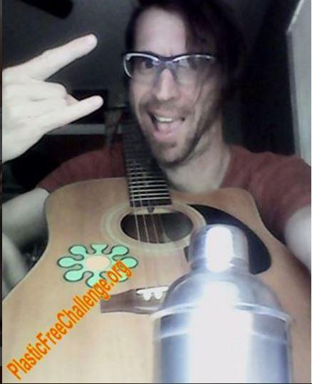 Papa Muse #PlasticFreeChallenge musician #WaterBottleSelfie