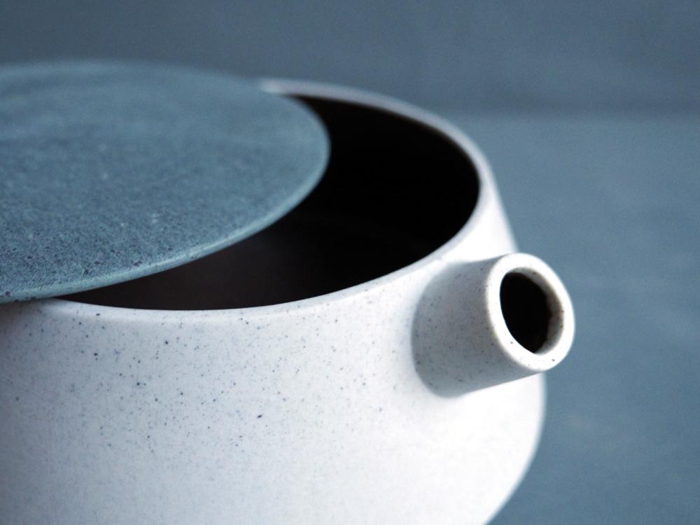 6-teapotoff.jpg