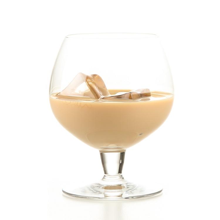 LAZY MILKSHAKE Pour 3 parts BOM BOM and 1 part skim milk over ice. Enjoy this no fuss way for a Bomtastic evening.