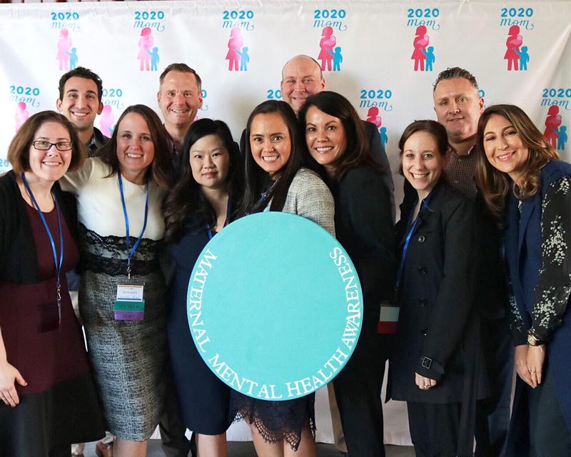 Presenting Sponsor Sage Therapeutics & 2020 Mom Team  Rockin' the BlueDot