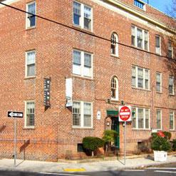 Apartments 4 Yale 2-4-6-8 Linwood (203) 982-3302