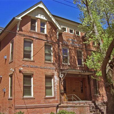 Yale Chabad 36 Lynwood Place (203) 624 3937