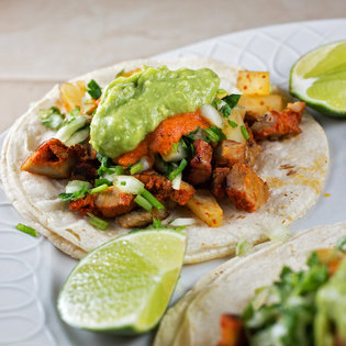 La Cocinita Mexican Café<br>  177 Park Street<br>(203) 772-1020
