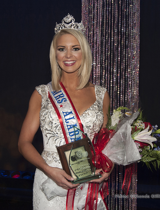 Brittany Speer Scoggins - Mrs. Alabama America 2017 crowned in a Joyce's Gown