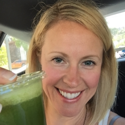 I'm Dr. Salna Smith, Naturopathic Doctor and owner of  www.kaleandcoffee.ca . I work with high achieving women who feel drained, overwhelmed and are tired of DIY'ing their own health and not getting results. I tailor health plans using lab testing and a detailed work up so these hard working souls can regain a sustainable energy, feel recharged and ready to tackle their priorities head on again! And food is one of my favourite places to start!