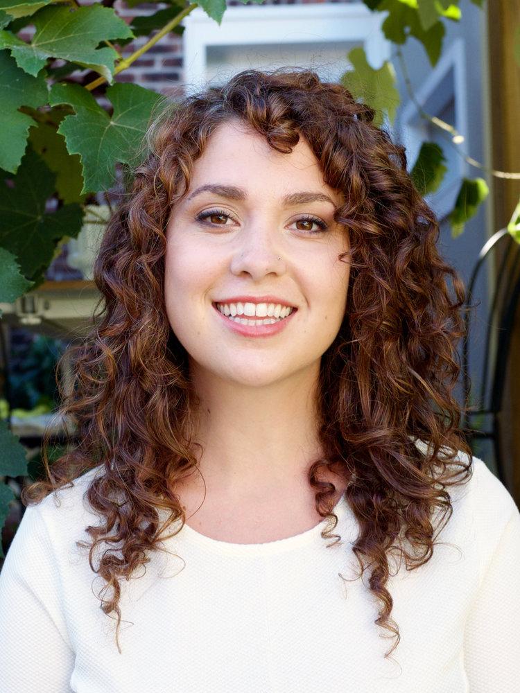 Nicole Dinardo of   NICOLE NUTRITION