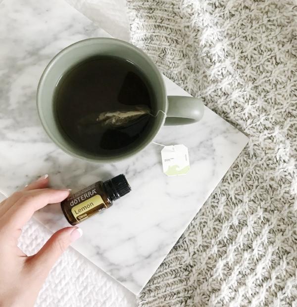 Lemon+Essential+Oil+Tea.jpeg