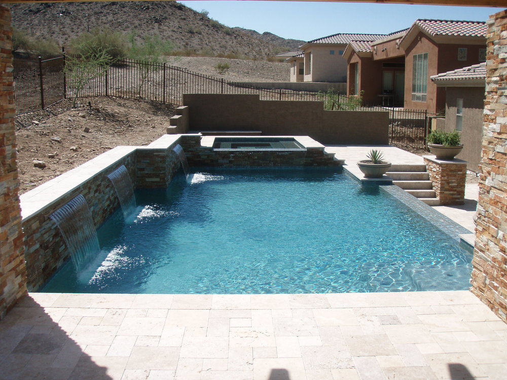 Phoenix custom swimming pool build
