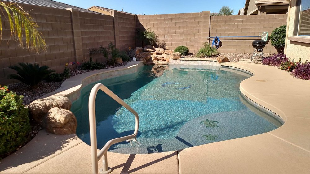 Pool build highlight the oddo family of surprise arizona for Pool design regrets