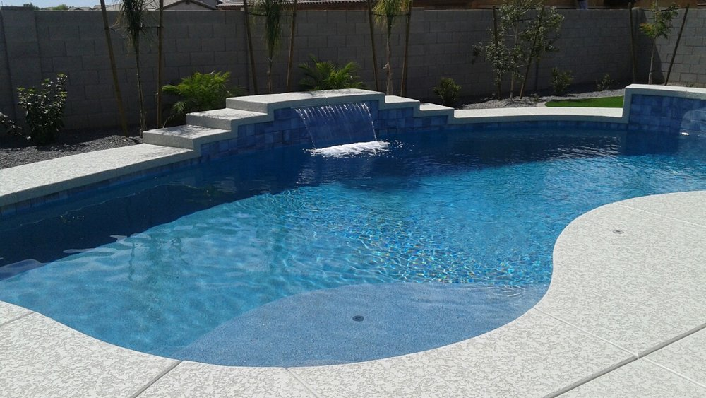 Pool build highlight the bean family of queen creek for Pool builders queen creek az