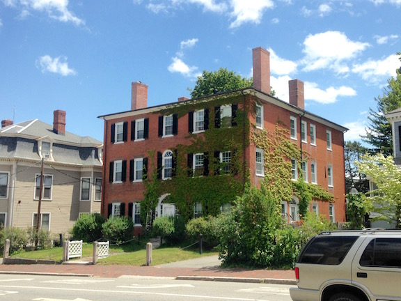Newburyport can more than hold its own against Salem in the federal mansion department, as this brick example can attest