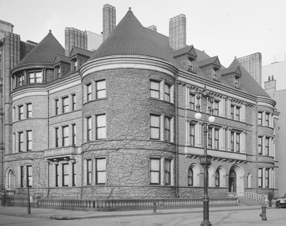 Another view (far left) that shows how it appears to blend seamlessly with the Havemeyer mansion on the corner.